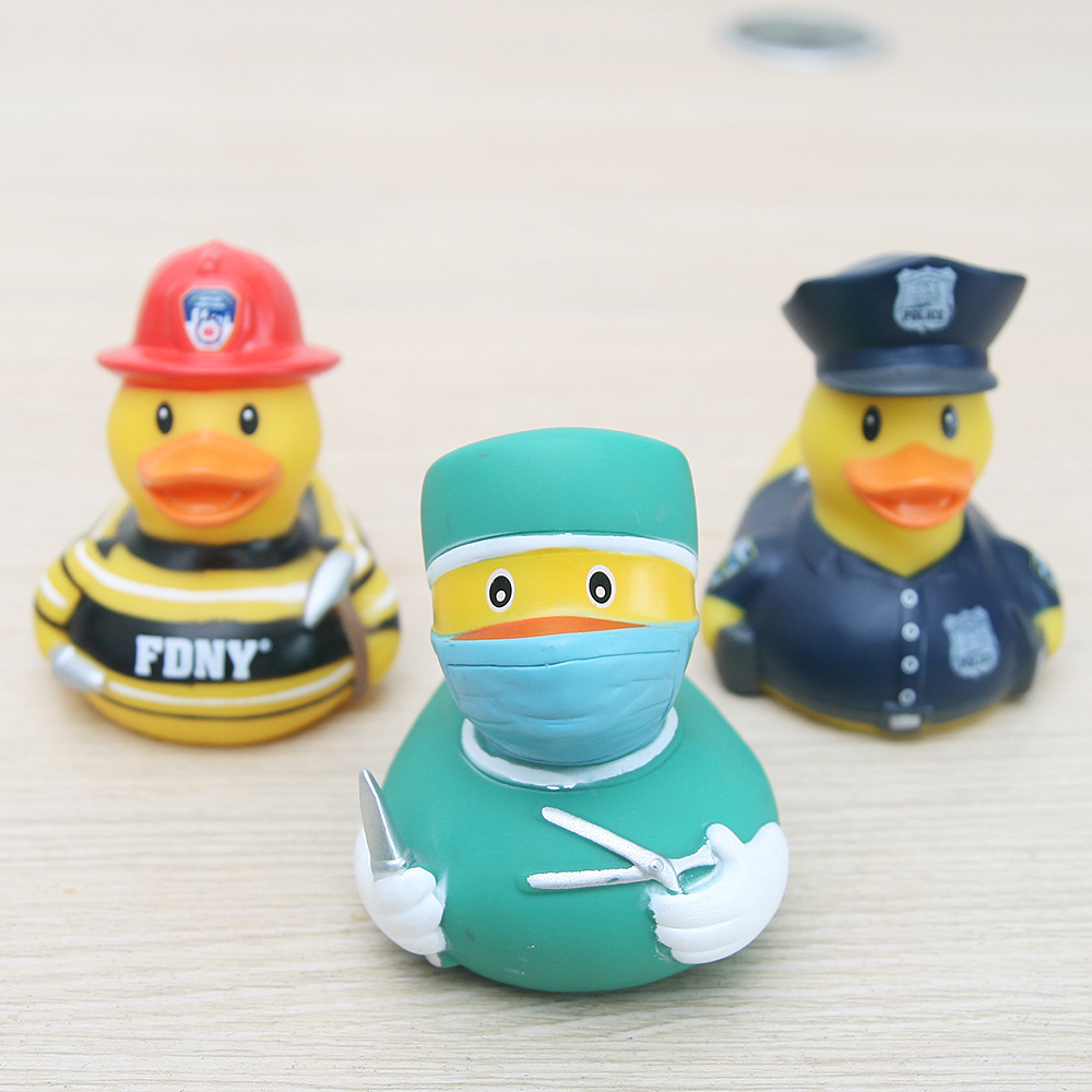 New 3pcs childrens bath toys cute rubber doctor/firefighters/polic modeling floating ducks Babys play water bath toy ...