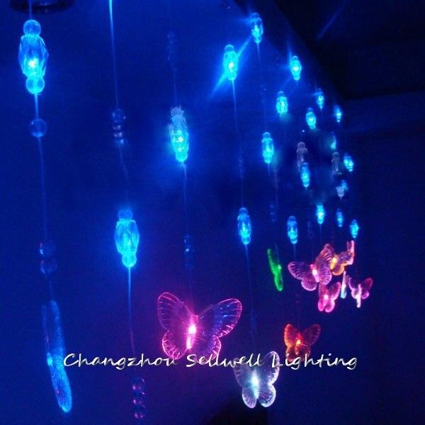 Décorations d'arbre de noël 2019 nouveau! studio vitrine toile de fond décoration 288 perles colorées papillon perle rideau lampe à LED H262