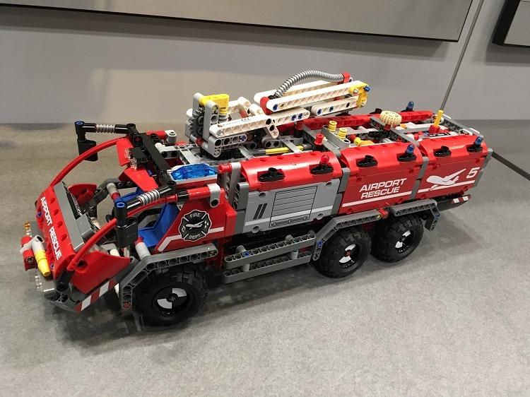 New Technican Technics Airport Fire Rescue Vehicle 2in1 Lepins Building Block Model Truck Trailer Bricks Toys Collection for Kid technics technics rp dj1215e s