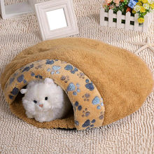 New Pet Cat Kitten Bed House Warm Sleeping Bag Cave Nest Soft Fleece Small Dog Sleeping Bag Waterloo Pet Sonno Pet Sofa Hot(China)