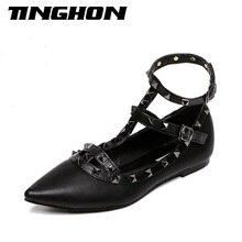 Mode frauen Spitz Schnalle Sandalen Metall Rivet Studded Bequeme Ebenen Dünne Schuhe Frauen Flache Dame Mode Schuhe