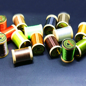 Image 3 - Royal Sissi 15 colori piccolo legno spooled fly legare filo 8/0 altamente cerato 210yds/bobina 75Denir filato ibrido legare filo