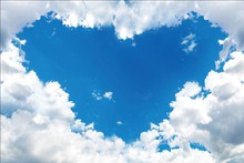 Laeacco Blue Sky White Clouds Love Heart Baby Newborn Photography Backgrounds Customized Photographic Backdrops For Photo Studio