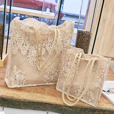 Chic Lace ผู้หญิงกระ