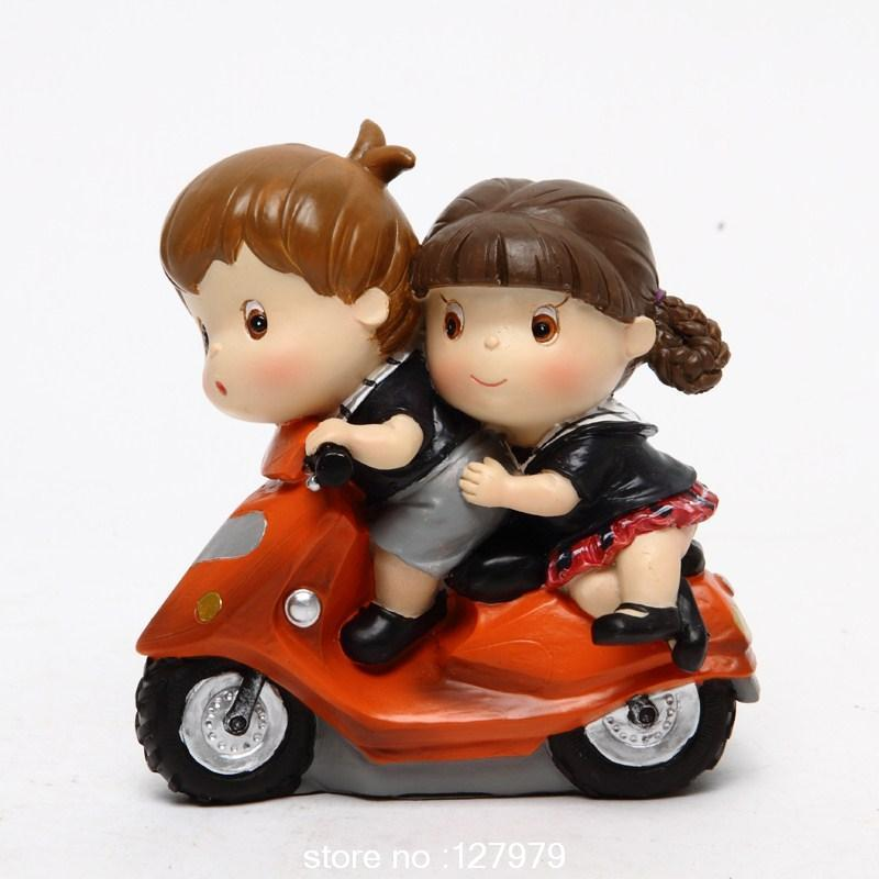 Campus Love Resin Dolls Lovely Statue Wedding Lovers Day Valentineu0027s Day  Gifts Boyfriend Girlfriend 10 Styles/set In Figurines U0026 Miniatures From  Home ...