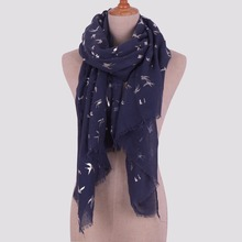 2018 New Scarf Women Luxury Brand Winter Swallow Bronzing Printing Cotton Polyester Scarf Shawl Ladies Fashionable Scarves