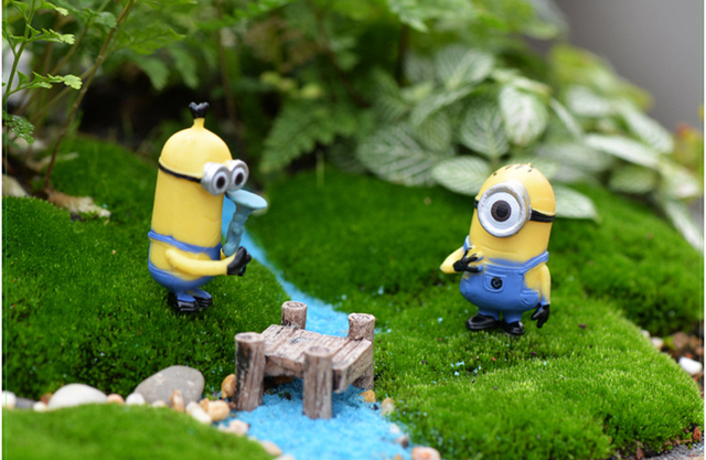Minion Miniature Figurines Set