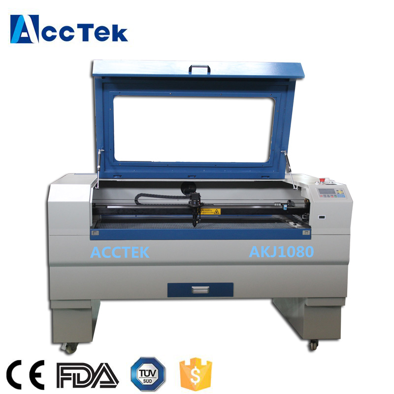 Scanner CNC CE approuvé usine approvisionnement CO2 laser coupe machine pour vêtements jeans tissu plastique