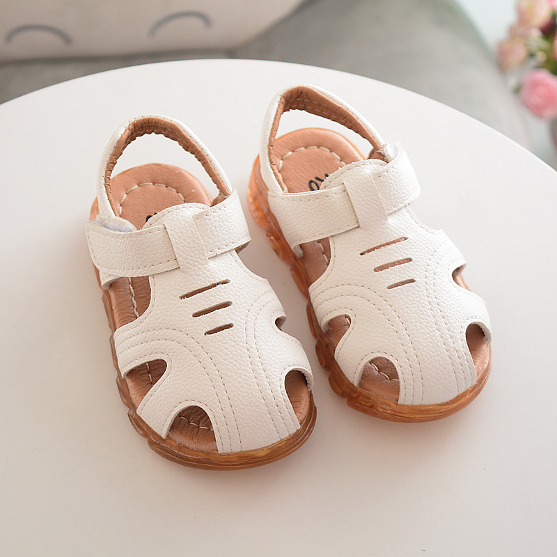 Girl summer sandals for children glow LED glitter white big boys sandals black children sandles yellow children school shoes