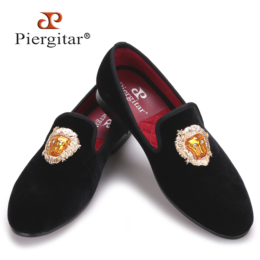 Piergitar new Lions Buckle Men black and navy Velvet Shoes Prom and Banquet Loafers Smoking Slippers