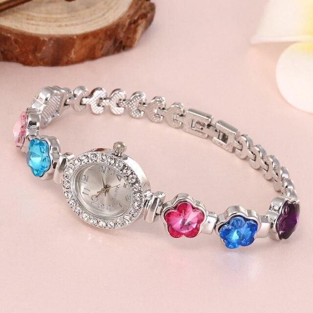 Vansvar 2019 Women Round Full Diamond Bracelet Watch Analog Quartz Movement fema