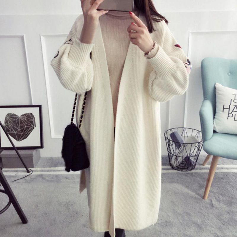 2017 Autumn New Loose Jacket Female Long Section Sweater Cardigan Women Embroidery Korean Version Of The Lantern Sleeves Sweater