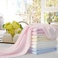 Verão Fina Super Macia Malha De Microfibra Cobertor Do Bebê Recém-nascido Para bebê Menino E Menina Pequena Planície Coloridas de Lã Extra Macio cobertor