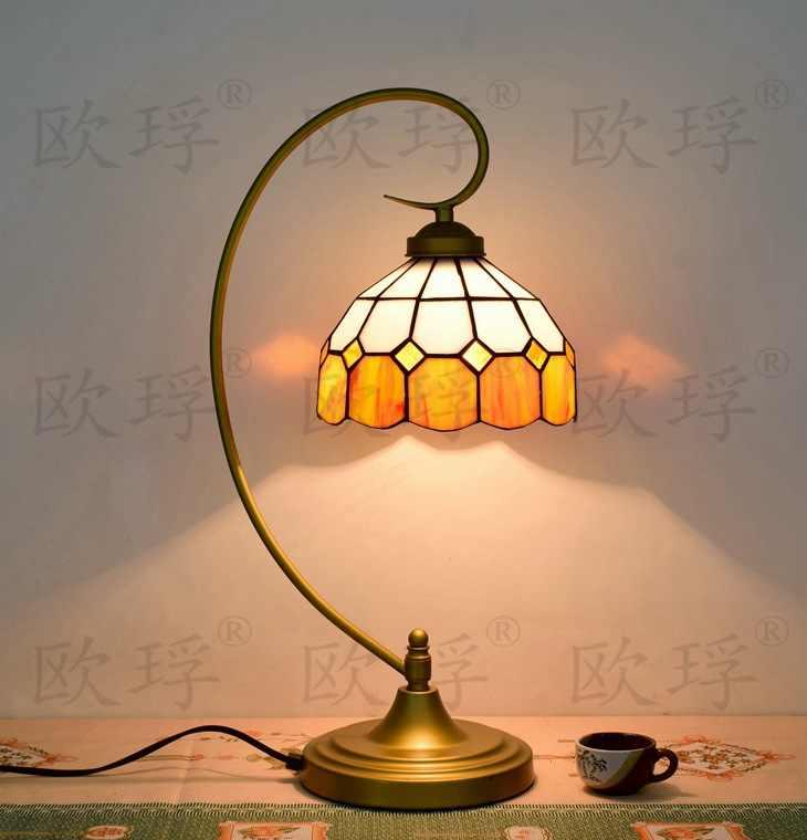 BaroqueTiffany lámpara de mesa país estilo lámpara de vidrio para dormitorio lámpara E27 110-240 V