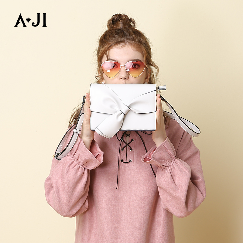 AJI 2019 New Fashion White Bow Women Handbags One Shoulder Flap Bag Party Show Evening Design Black Blue Messenger Bag A5186