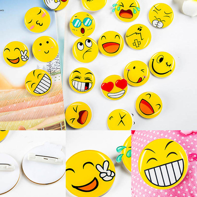 1 PC Cute Emotion Badge Round Funny Face Brooches Acrylic Badge Ceremony Clothes