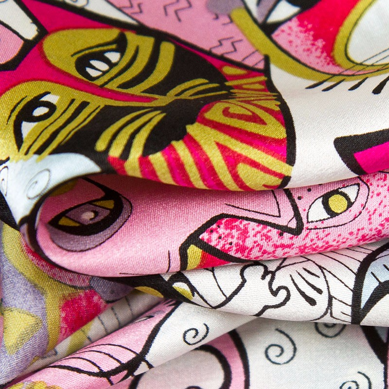 silk-scarf-85cm-01-colorful-cats-2-6