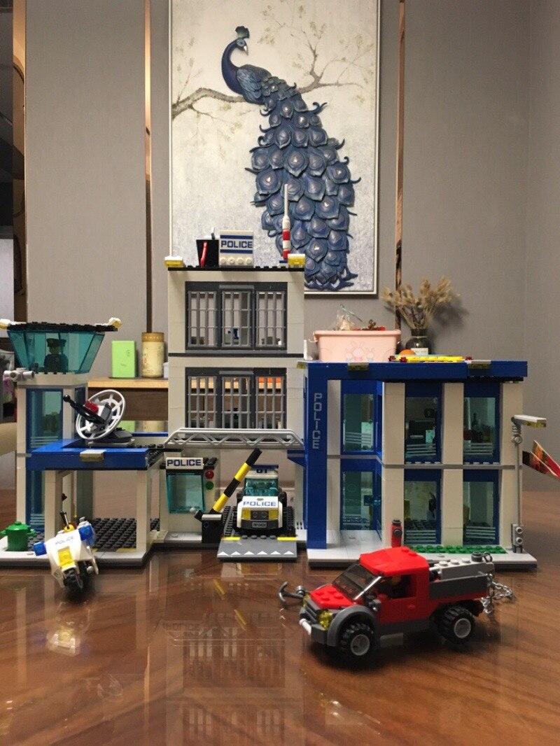 Bela 10424 City Police Station Motorbike Helicopter Building Block kits compatible with City Kids Toys Bricks