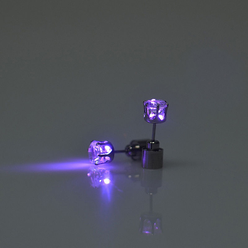 1 Pair Diamind Shape LED Earrings For Party Accessories Men Women Light Up LED Earrings Studs Flashing Fashion Style