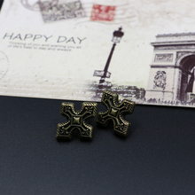 Free Shipping  New Design vintage fashion gold cross earrings stud