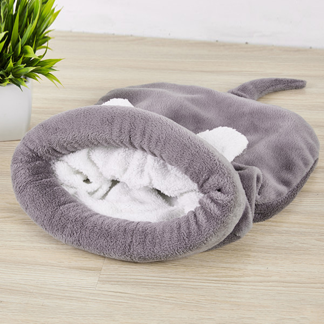 Warm Dog Cat Bed Puppy Bed Cat Sleeping Bag Autumn And Winter Pet Dog House Lovely Soft Pet Cat Mat Cushion Products 3 colors