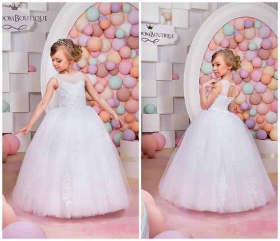 2016 New White Flower Girls Dresses For Wedding Gowns  Lace Up  Girl Birthday Party Dress Tulle Pageant Dress Communion Dresses