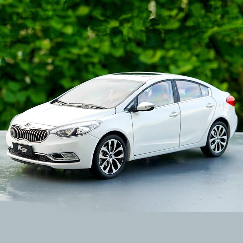 High simulation KIA K3 collection model 1:18 advanced alloy model car,diecast metal model toy vehicle,free shipping цена