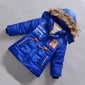 4-7años muchachos de los niños 2016 del algodón del invierno espesan azul oscuro bebé abrigos ropa niños prendas de vestir exteriores de la cremallera con capucha envío gratis