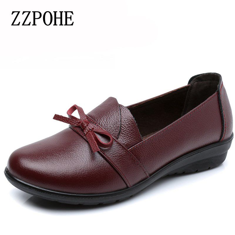 цены ZZPOHE spring autumn new leather mother Flats shoes middle-aged women fashion soft bottom Casual Single Shoes Woman Work Shoes