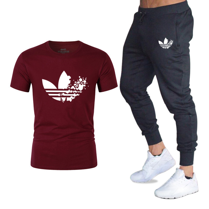 Model emblem Units T Shirts+pants males Model clothes Two piece swimsuit tracksuit Vogue Informal Tshirts Hip hop For Male T-shirt tops Skinny Pants, Low cost Skinny Pants, Model emblem...