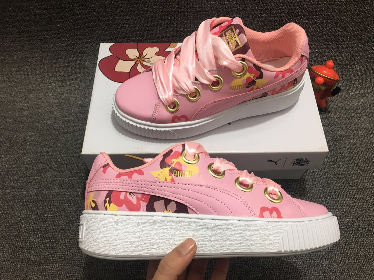 2018 New Arrival PUMA Rihannas Womens shoes Pescara kawasaki Breathable Sneakers Badminton Shoes size36-40