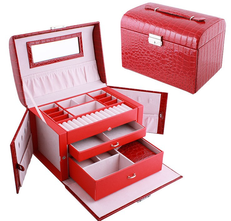 ФОТО Very fashionable makeup box