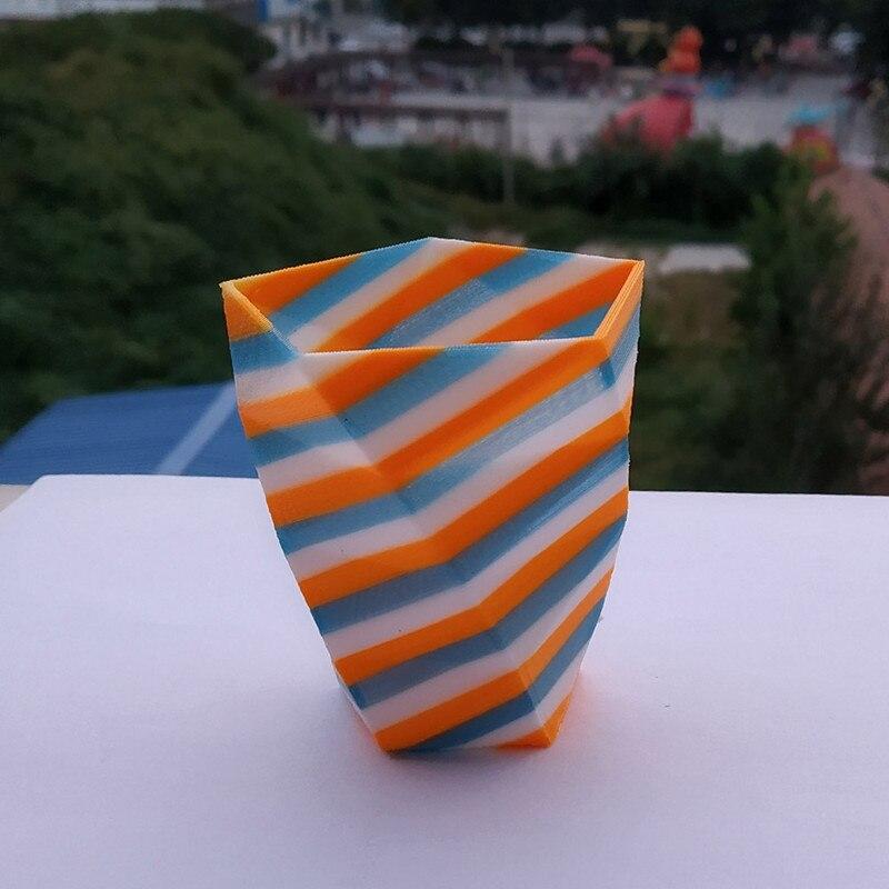 tilt strip vase 02_