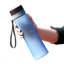 1000 ML Botellas de Agua De Plástico libre de BPA Para Acampar en Bicicleta Ciclismo Deporte Bebida Botella de Agua Infusor de Té Vaso mezclador