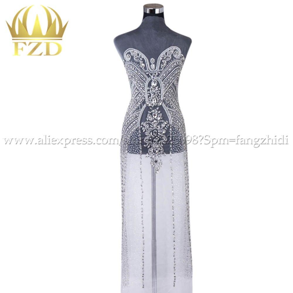 New arrival Elegant silver Handmade Bead Apparel Fashion crystal rhinestone V neck Design Wedding Dress