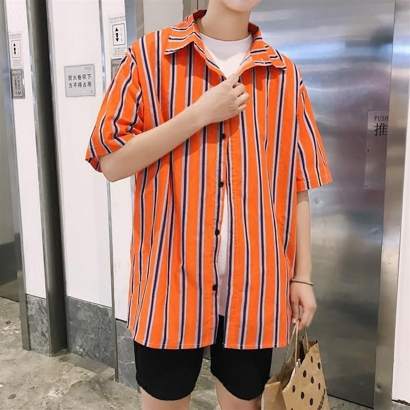 2018 nyári koreai stílus Az új listás férfi csíkos divat trendi - Férfi ruházat