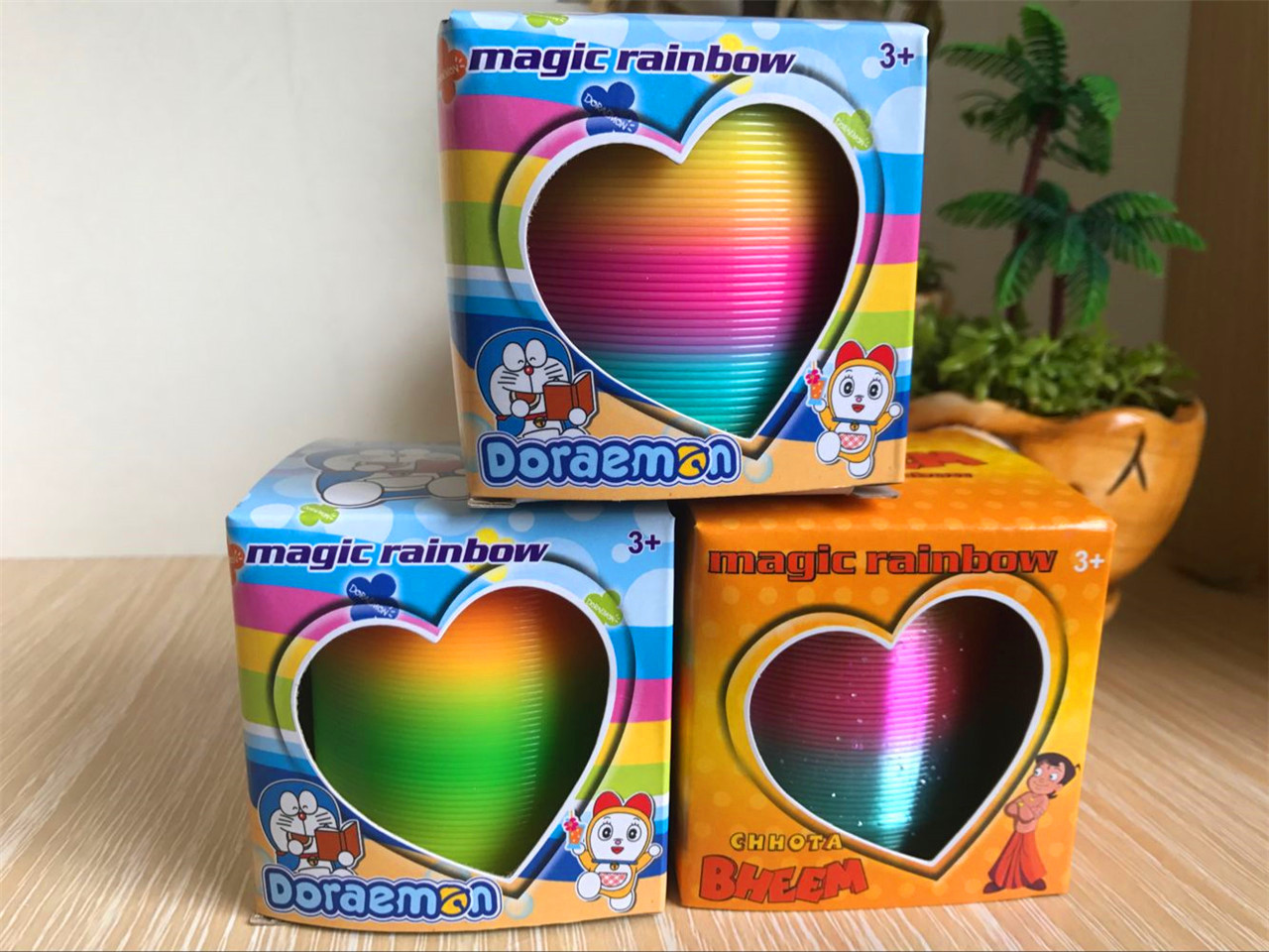 Hot selling toys in the rainbow circle 6.5*6.5 cm rainbow circle children play magic circle spring ring