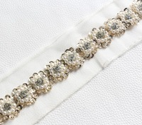 Free Shipping 2 3cm Luxury Sunflower Lace Trims Sewed With Clear Crystal ABS Pearl Sequin For