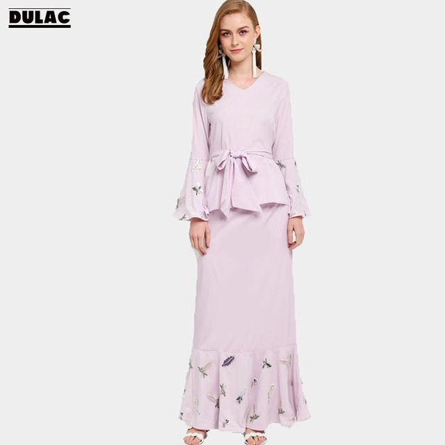 Advanced Customization Wholesale Middle East V-Neck Islamic Women Clothing  Muslim Embroidery Maxi Long Dress Floral Baju Kurung aaa9707efbd9