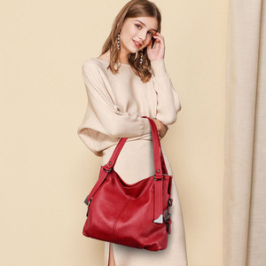 Image 3 - 2020 Large Capacity Women Messenger Bag Designer Women Bags Real Leather Luxury Ladies Shoulder Bag sac a main Lady Big Tote