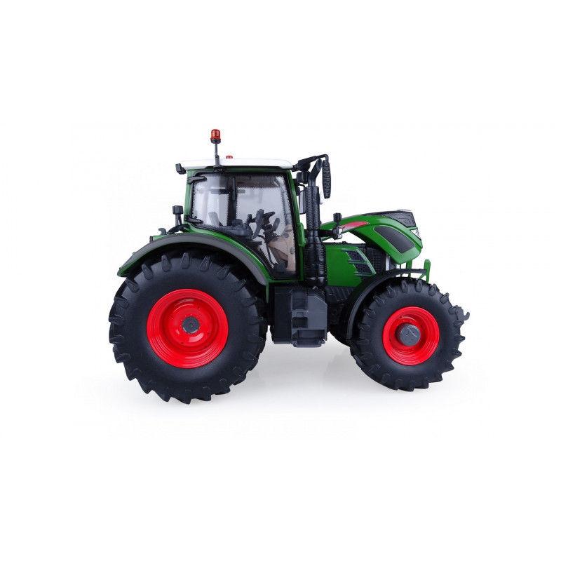 UH5231 1:32 FENDT 724 VARIO натуральный зеленый