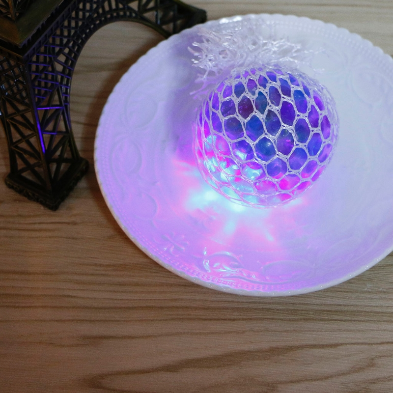 2018 New Funny Glowing Grape Squishy Squeeze Ball Mesh Stress Relief Toy For Kids Adult