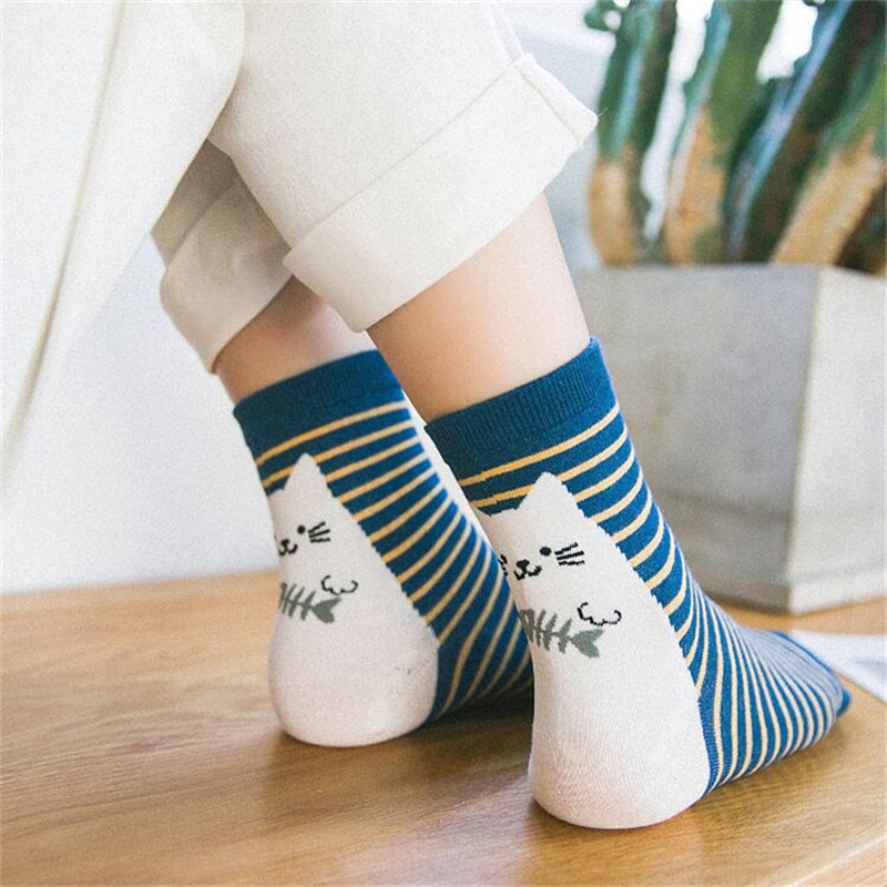 New Arrivals Lovely Women   Socks   Japanese Funny Cartoon Cat   Socks   Meias High Quality Cotton   Socks   For Ladies Girls 5 Colors