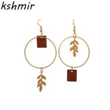 Fashion wood earrings circle ear hook delicate leaf