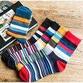 Пара Хлопок мужские Носки Мода Повседневная Красочный Полосатый Calcetines Популярны Краткое Характер Полосатые Носки Для Мужчин