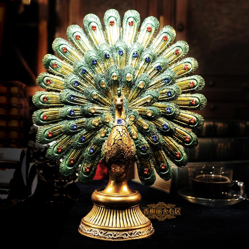 Peacock flaunting its tail marriage room Home Furnishing decoration wedding gifts lovers gift Resin statue figure