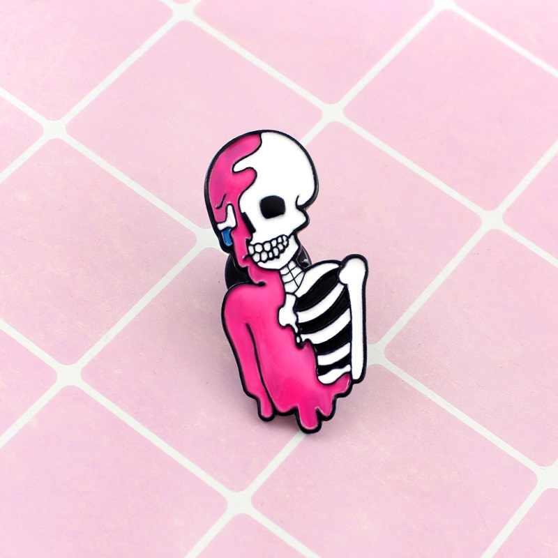 Merah Muda Kerangka Bros Kematian Kekasih Putih Tulang Gadis Tengkorak Senyum Enamel Pin Denim Kerah Lencana Pasangan Merah Muda Cinta Perhiasan NEO -Goth Hadiah