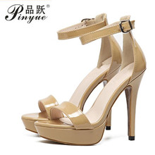 Latest Women Open Toe Strappy Ankle Strap Gold Sandals Crystal Transparent Clear Block Thick High Heel Sequined Shoes