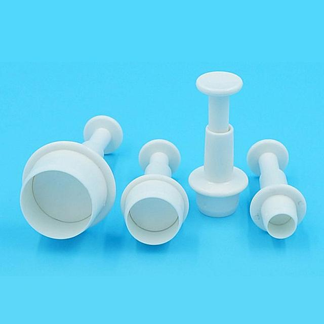 Newest 4Pcs/set Plastic Round Shape Christmas Fondant Cookie Cutter Cake Decorating Plunger Paste Fondant Gum Sugarcraft Mold
