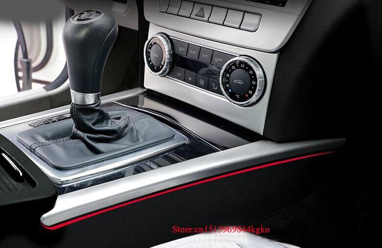 Super11Six Mittelkonsole Schaltpaneel Dekoration Abdeckung Wasser Tasse Halter Loch Trim passt f/ür Ford Mustang 2015-2019 Kohlefaser Zubeh/ör